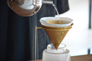 ICHI COFFEE DRIP STAND 真鍮製のコーヒードリッパー
